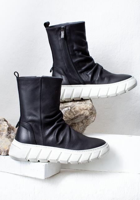 Lofina Leather Side Zip Bootie - Black
