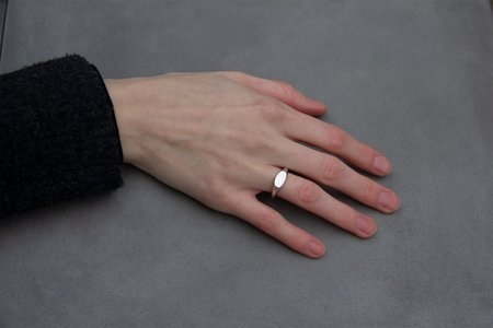 Kat Seal Oval Signet Ring