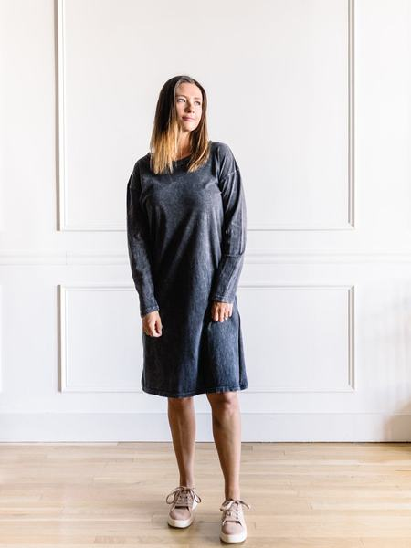 promesa Mineral Washed Midi Dress - Charcoal