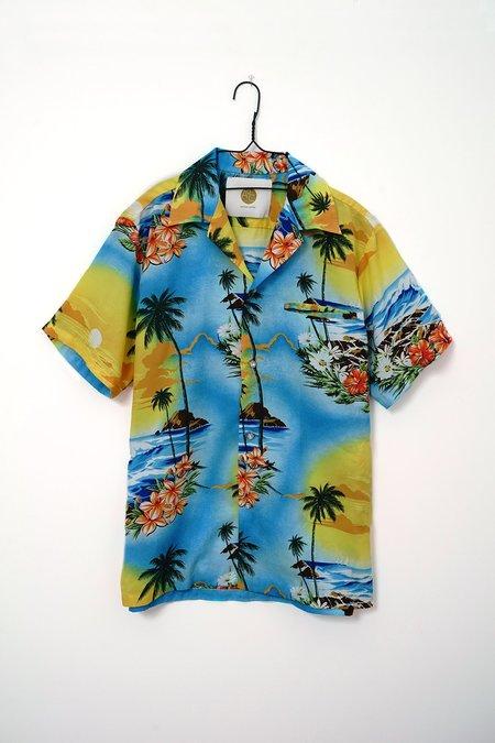 Aquarius Cocktail | AQC Hula #13 shirt - multi