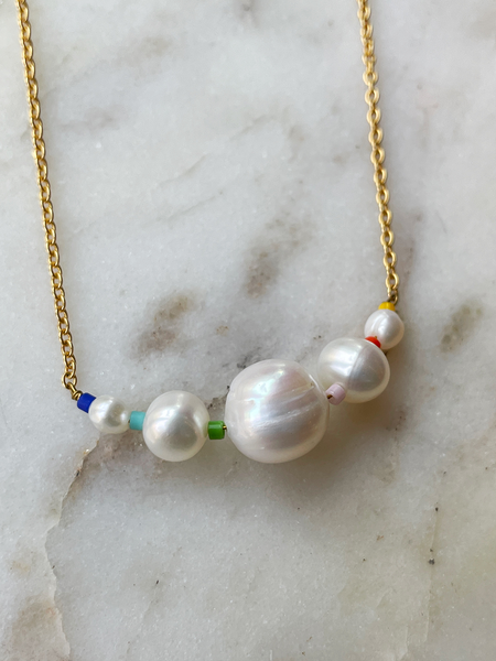 Sandy Hyun Small Pearl Cluster Necklace