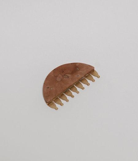 Natalia Criado Marble Comb - brass/24 carat gold