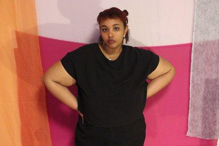 Amanda Moss Breezy Crop Top - Black