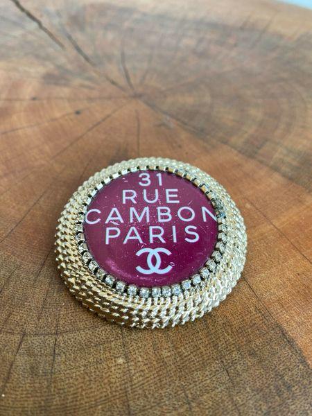 Pre-loved RUE CARBON ENAMEL BROOCH - Gold tone
