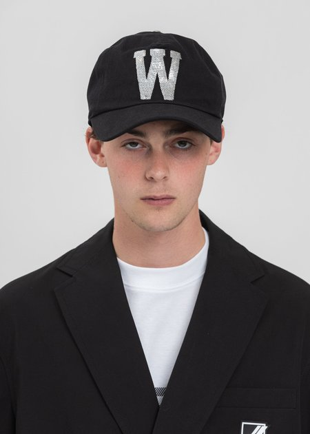 we11done Sequins Patch Embroidered Cap - Black