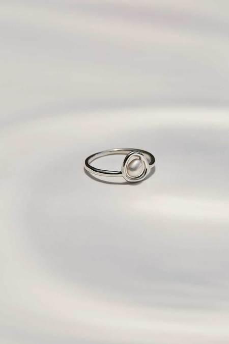 L'amoureuse Ellia Ring - Sterling Silver