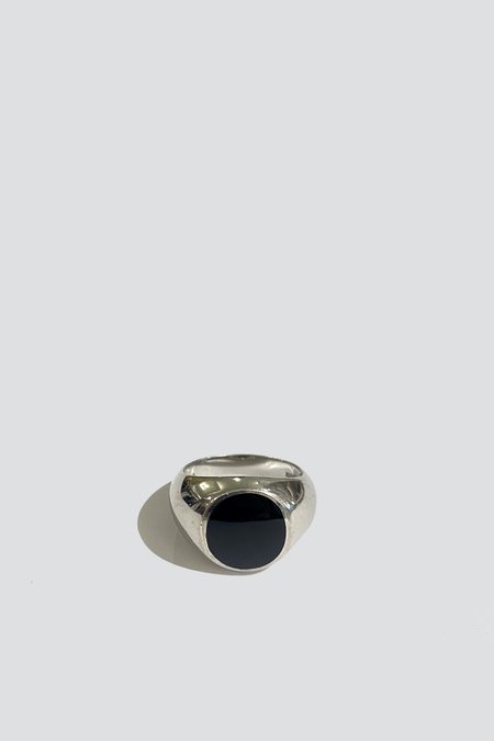 Vintage Round Signet Ring - Sterling Silver/onyx