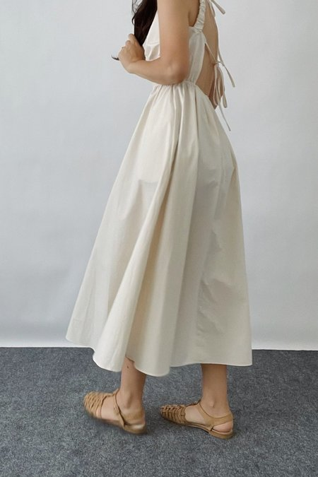 Sllow Open back Tie Dress - Cream