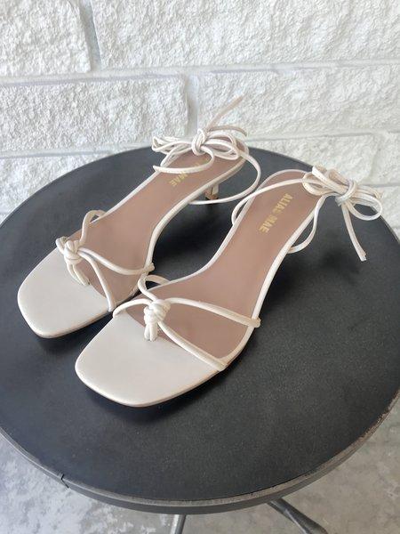 Alias Mae Marlo Heel - Bone