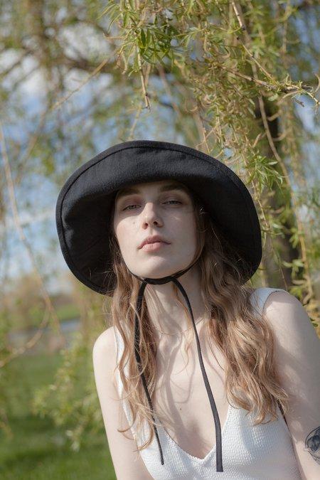 tsuyumi Cotton Twill Mid-Brim Hat - black