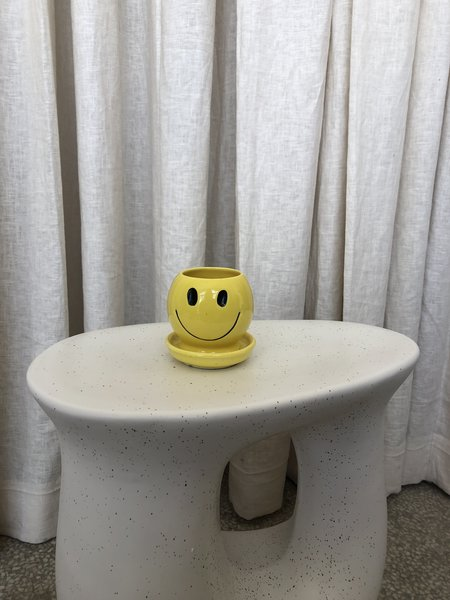 Vintage MCCOY SMILEY PLANTER - Yellow
