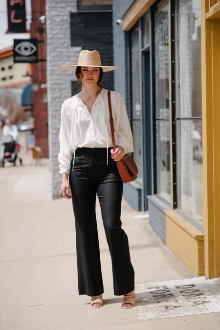 Eight Dreams Classic Dress Pant - Black