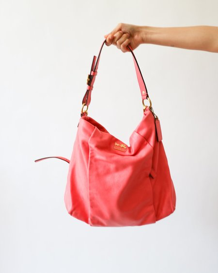 [Pre-loved] Coach Leather Shoulder Bag - Bright Pink