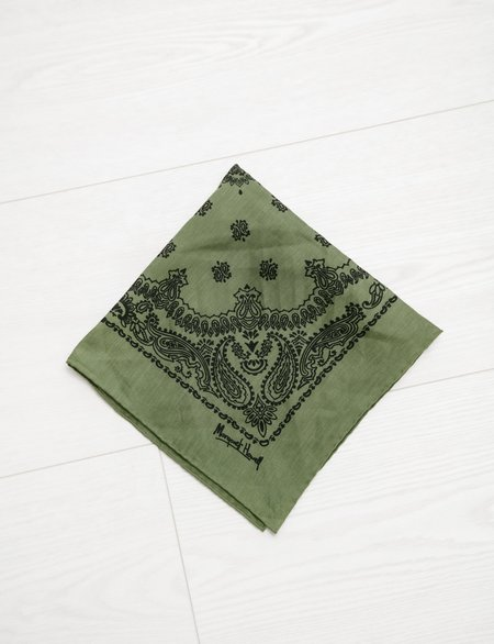 Unisex Margaret Howell Paisley Print Scarf in Linen Voile - Fern Black