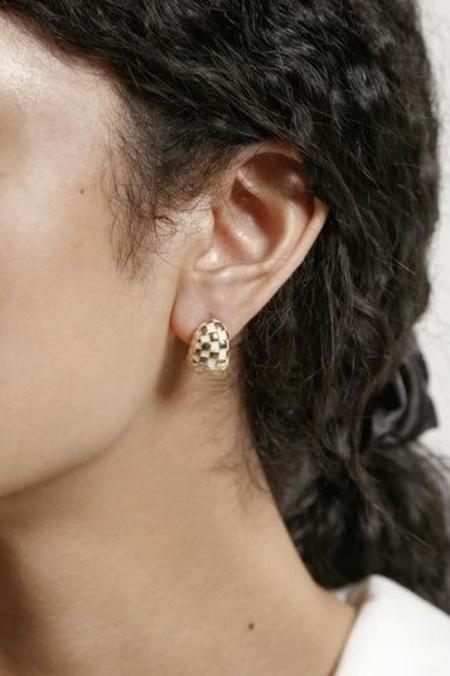 Wolf Circus Nellie Earrings - 14k Gold Plated Bronze/Cream Resin
