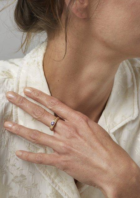 Tony Malmed Jewelry Ring - 18K yellow gold/.98ct Purple Sapphire