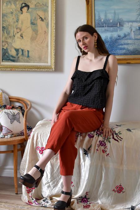 Eve Gravel Violette Top - Black