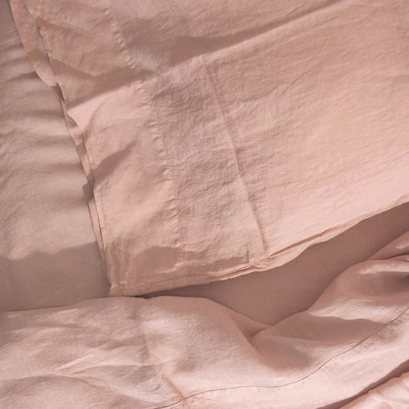 Hawkins New York Simple Linen Fitted Sheet Queen - Blush