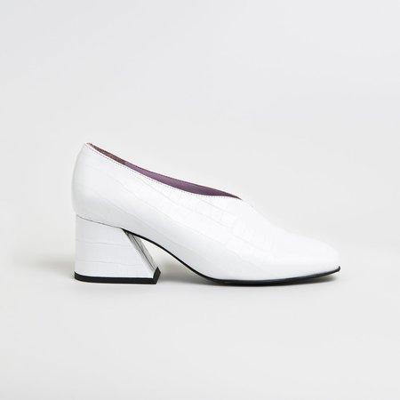 Unreal Fields DALE CROCK Leather Mid Heel Pumps - White