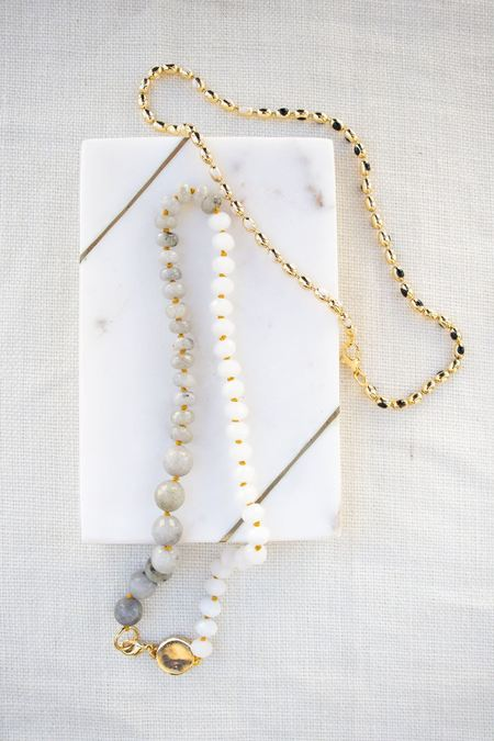 A. Carnevale Beaded Necklace - White/Gold