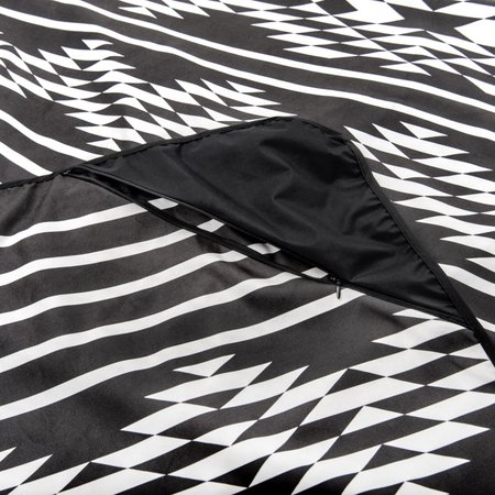 Slowtide Maze Quick-Dry Park Blanket