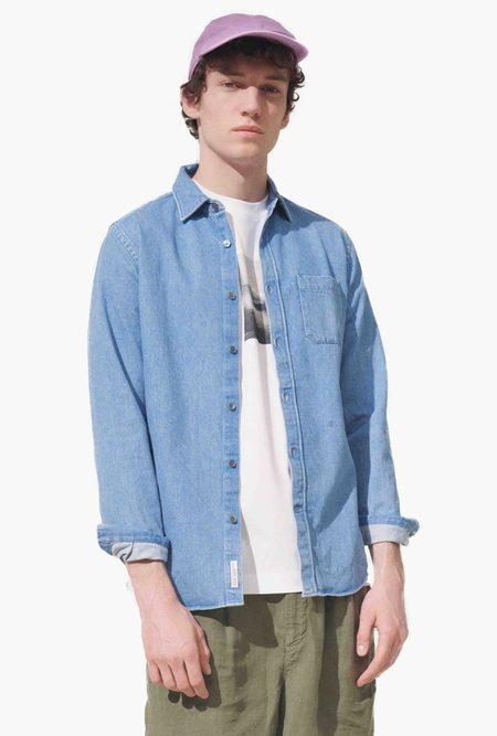 Closed Basic Shirt