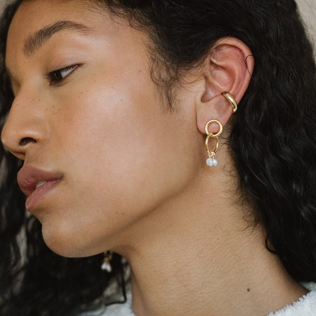 Kara Yoo Moria Mini Earrings - GOLD