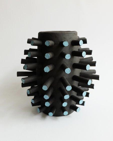 Iaai Cyto Vase - BLACK