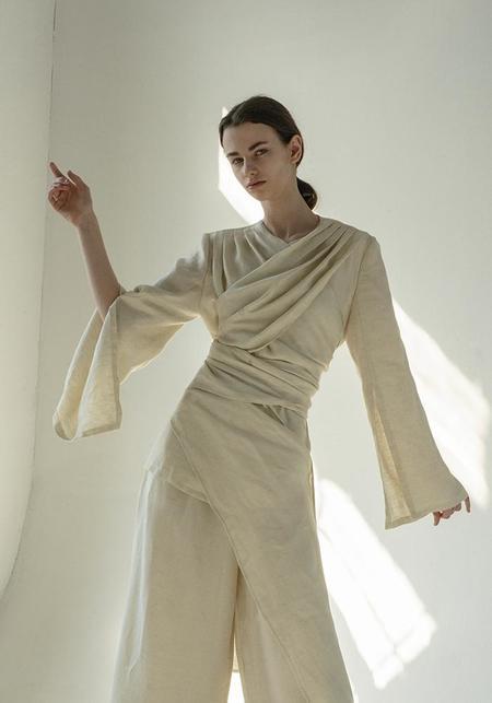 K M by L A N G E Linen Criss Cross Kimono Suit - BLACK