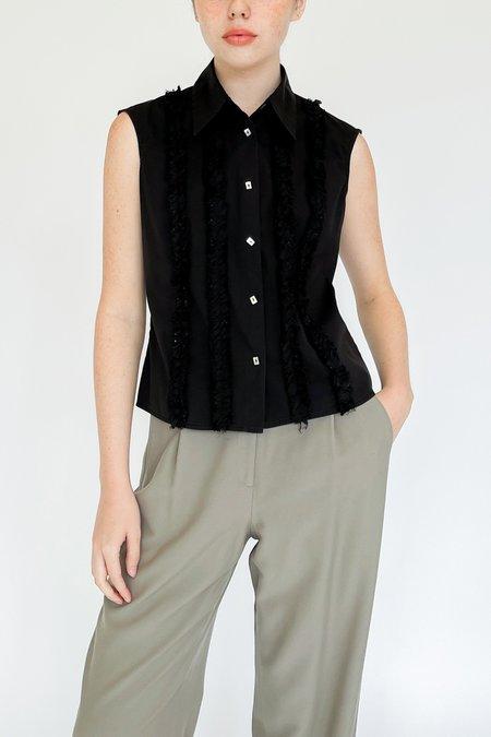 Vintage Collared Ruffle Sleeveless Top - black