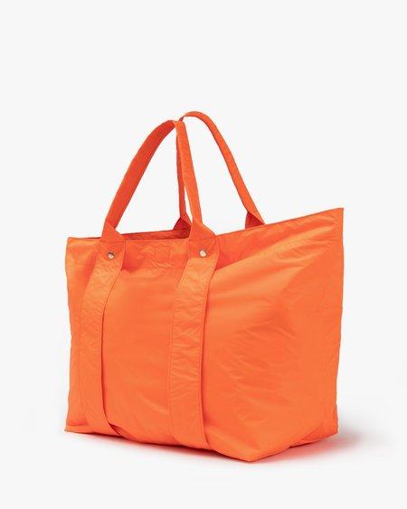 Clare V. Giant Trop - Neon Orange