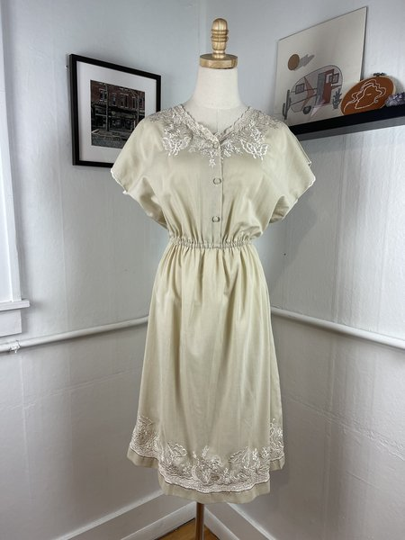 Vintage Embroidered Dress - Tan/White