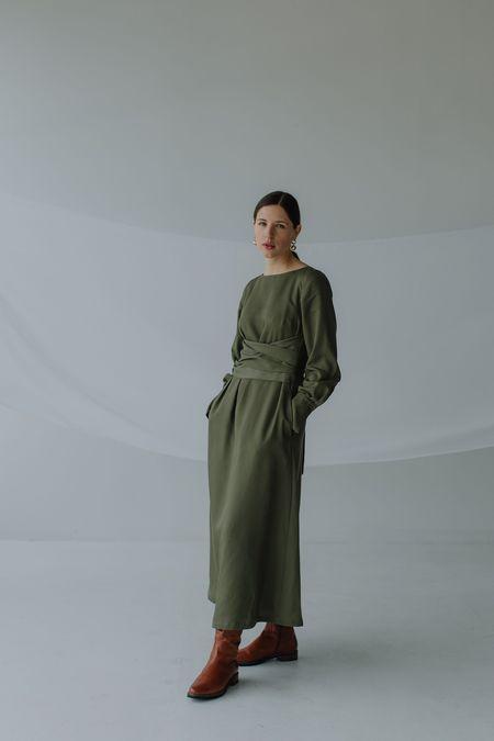 Mina Stay Moss Dress - Green