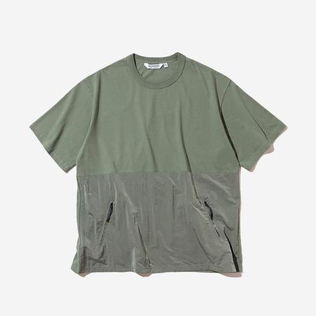Uniform Bridge Zip Pocket Tee - Olive