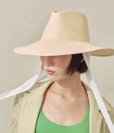 Clyde Caro Panama Straw Hat w. Neck Shade - Undyed Natural