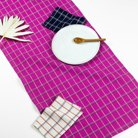 Archive New York San Lucas Plaid Table Runner - Pink