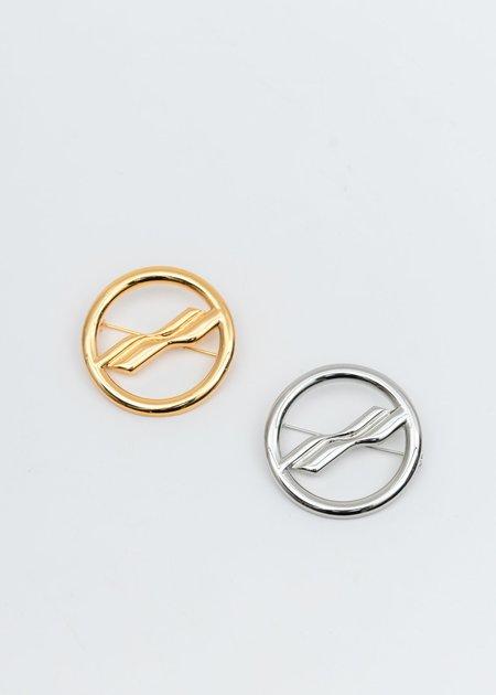 we11done Circle Logo Brooch - Sliver/Gold