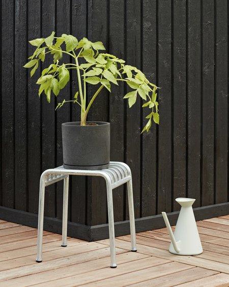 Hay Maceta Plant Pot with Saucer - Black
