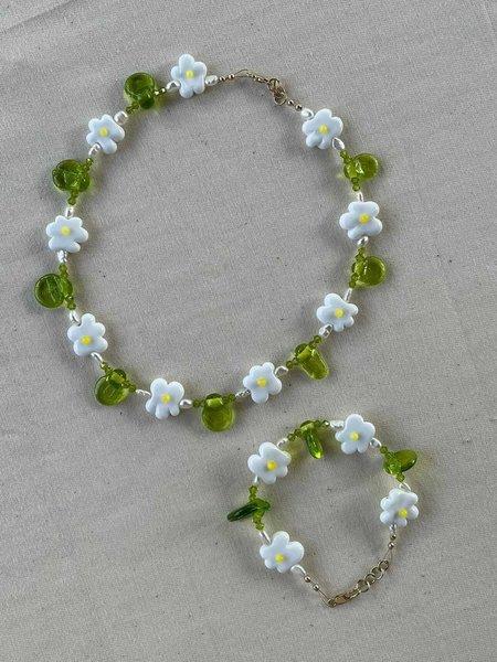 My OLLO Glass Daisy Chain Bracelet