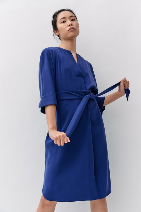 PRE-LOVED Armani Collezioni Belted Sack Dress - BLUE