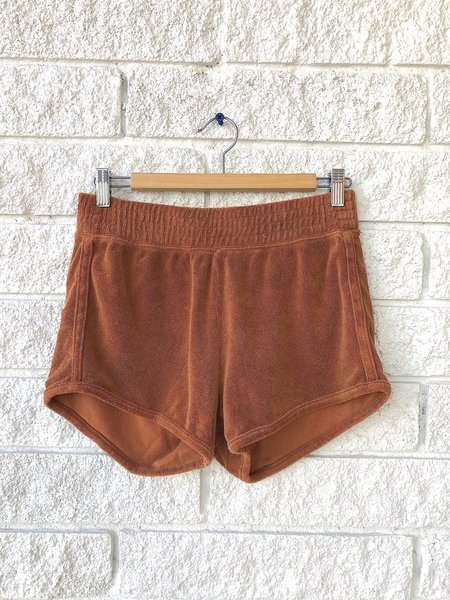 The Great. The Peninsula Dress The Microterry Track Short - Rust