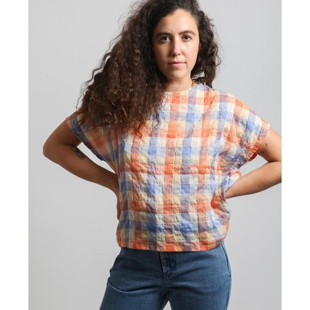 Gravel And Gold Lotte Top - Peach Plaid
