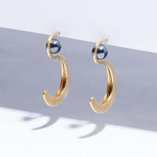 Metalepsis Projects Yuyu Earrings
