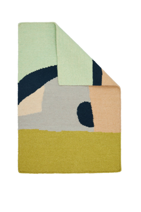 Cold Picnic Follow the Summer Around the World Rug