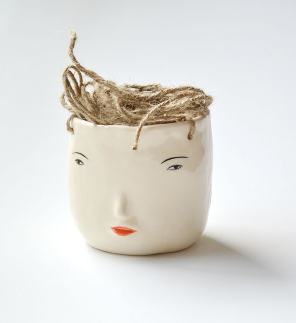 Rami Kim Face Hanging Pot White