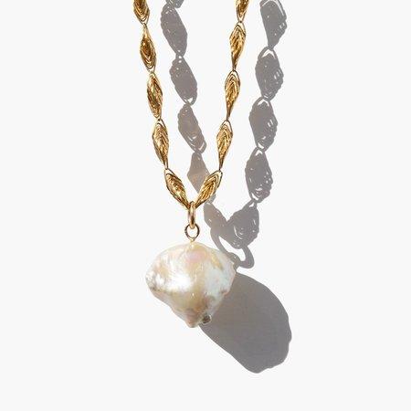 Kindred Black Pavatea Necklace - 14k gold
