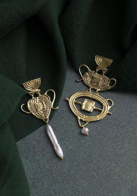 Ruby Jack Pearl and Brass Lovers Elope Earrings