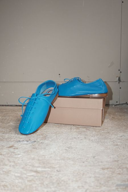 [PRE-LOVED] HEREU PLEGADA FLAT - BLUE