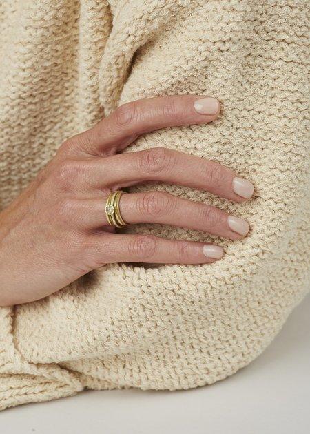 Heather Guidero Eclipse Line Ring - Gold