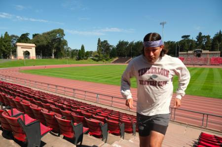 Tilted Brim Runners Club Long Sleeve T-Shirt - Wet Cement